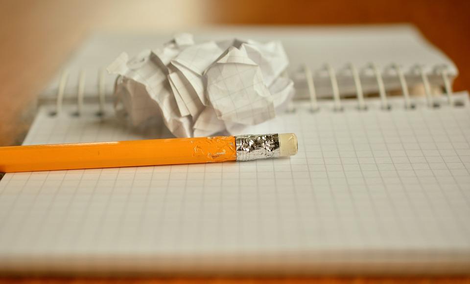 Notesbog og blyant