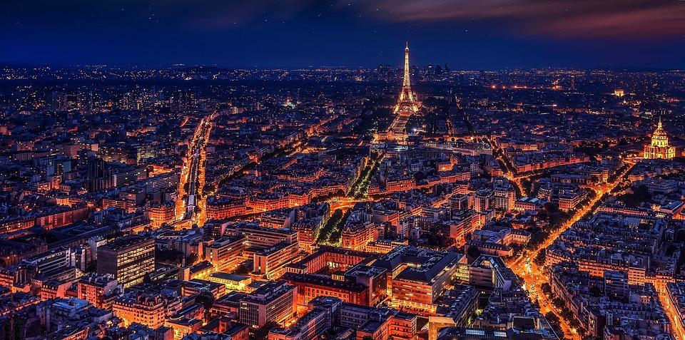 Mørkt nat i Paris