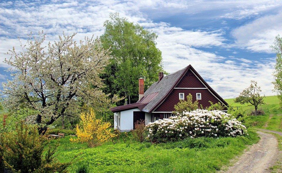 Det er meget billigere at bygge sit eget hus