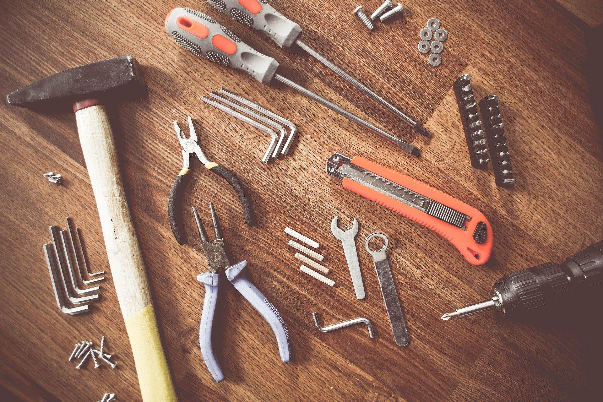 Grib dine redskaber og byg din egen bolig