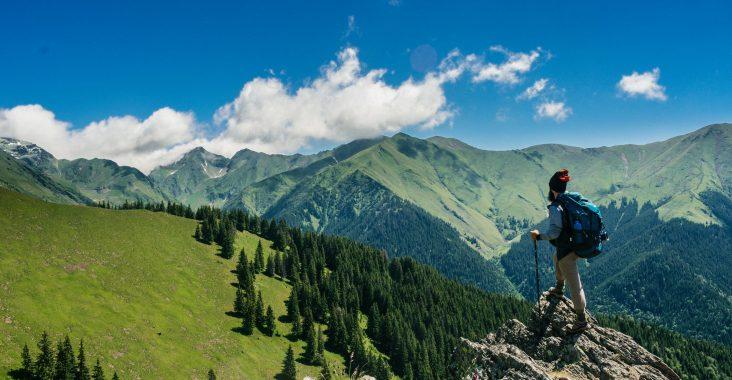 Backpacker i bjergene