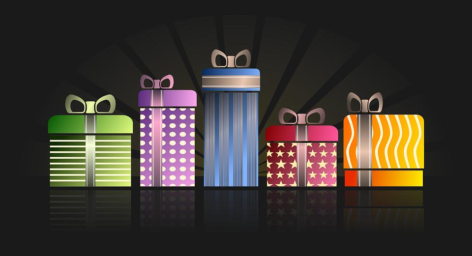 fem gaver i forskellige farver